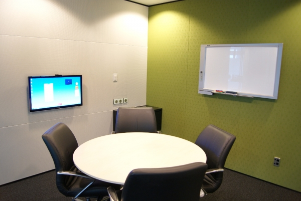 "Meeting Room with wall mounted commercial 46"" LED"
