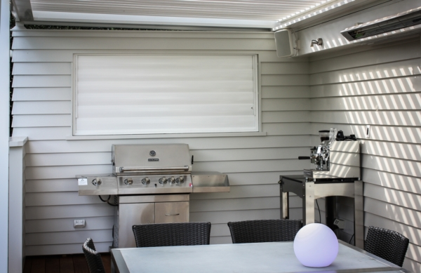 BBQ with featured louvretec electric louvres